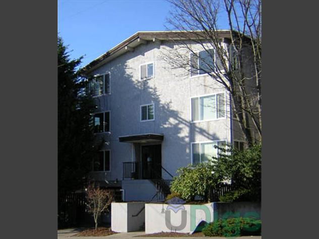 University West At 710 N E 42nd Street In Seattle WA 3 Bedroom Apartment