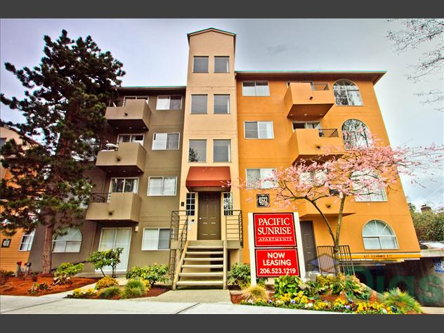 Pacific Sunrise Apartments At 4616 22nd Ave Ne In Seattle Wa 4 Bedroom Apartment For Rent